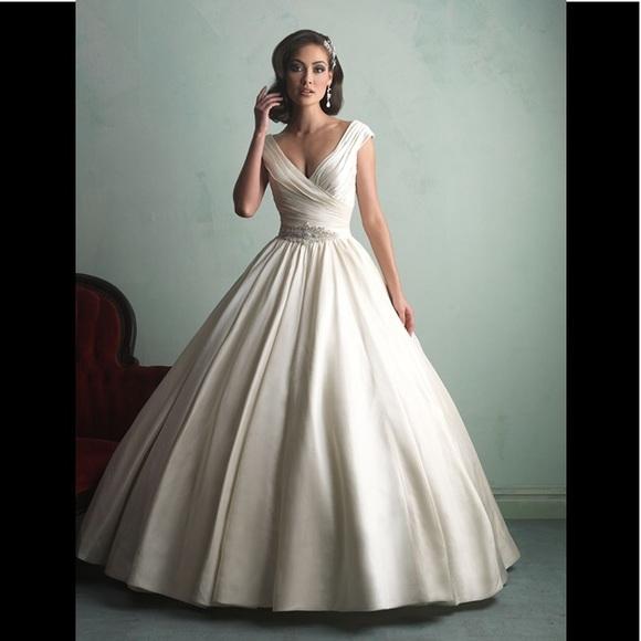 Allure Bridals Dresses   Allure Bridal 9155 Wedding Gown Brand New ...